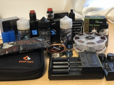 Vape Lot-3 mods, 4 atomizers, 6 batteries, 3 ejuices, extras