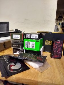 Huge Vape Bundle Deal With extras!