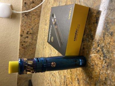 Uwell Sapphire Blue Nunchaku Kit
