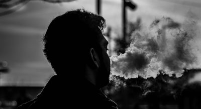 The 5 Most Important Differences Between Smoking and Vaping