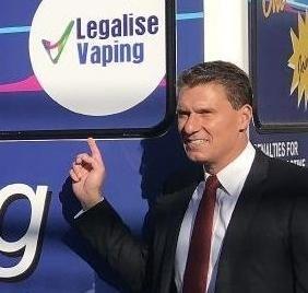 Senator Cory Bernardi Promotes Vaping in Australia
